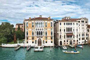 view-of-grand-canal-from-Palazzo-contarini-polignac-dorsoduro-venice-conde-nast-traveller-23may16-stefano-scata_810x540